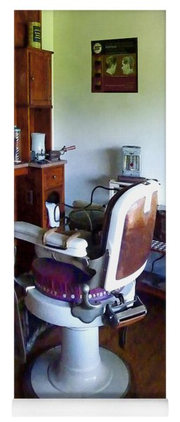 Barber - Old-fashioned Barber Chair Yoga Mat