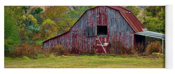 Barn On White Oak Road Yoga Mat
