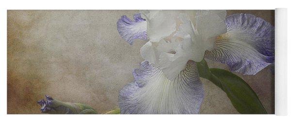 Bearded Iris 'gnuz Spread' Yoga Mat