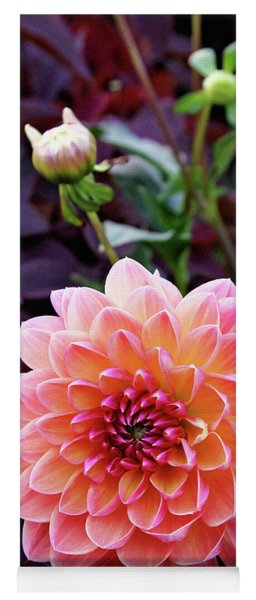Beautiful Dahlia Yoga Mat