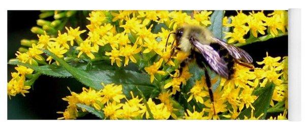 Bee In The Rawweed Yoga Mat