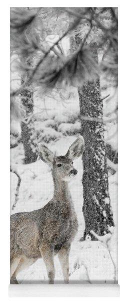 Black And White Mule Deer In Heavy Snowfall Yoga Mat