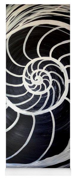 Black And White Nautilus Spiral Yoga Mat