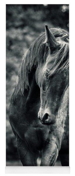 Black And White Portrait Of Horse Yoga Mat