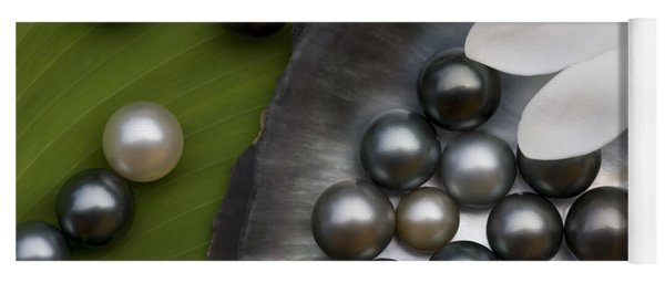 Black Pearls And Tiare Flower Yoga Mat