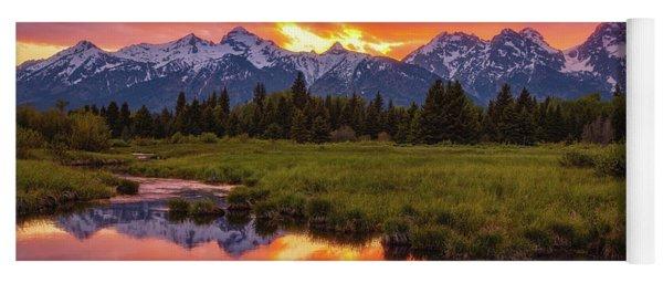 Black Ponds Sunset Yoga Mat