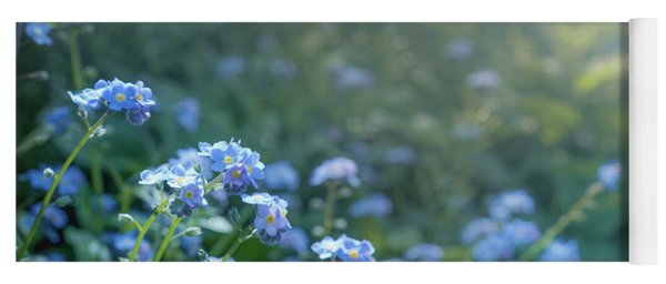 Blue Blooms Yoga Mat