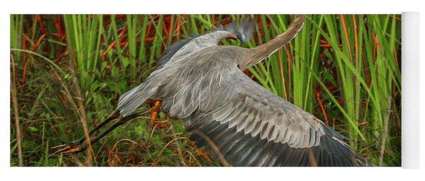 Blue Heron Take-off Yoga Mat