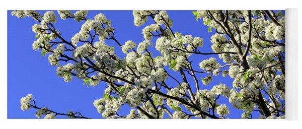 Blue Sky Pear Blossom Yoga Mat