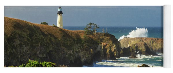 Breaking Waves At Yaquina Head Lighthouse Yoga Mat