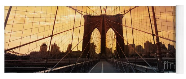 Brooklyn Bridge Silhouette Yoga Mat