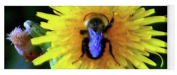 Bullseye Bumblebee Dandelion Yoga Mat
