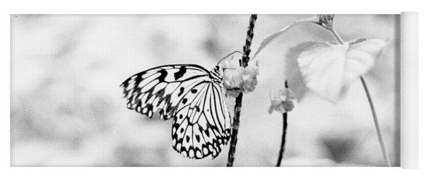 Butterfly Eatting  Yoga Mat