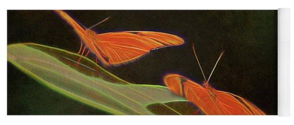 Butterfly Love 1a Yoga Mat