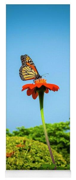 Butterfly Perch Yoga Mat