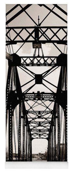 Cherry Avenue Bridge Yoga Mat