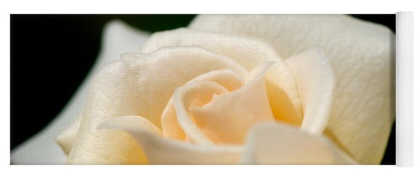 Cream Rose Kisses Yoga Mat