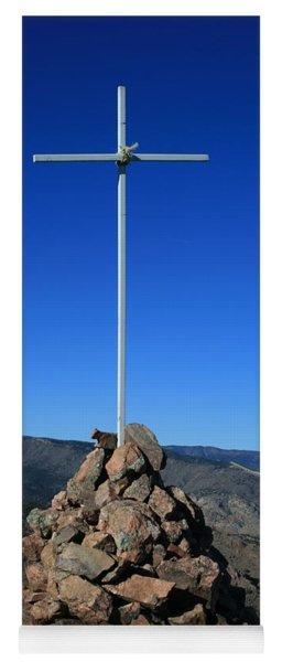 Cross On Fremont Peak Yoga Mat