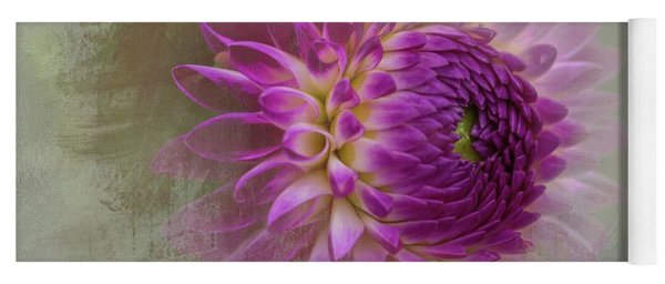 Dahlia Dream Yoga Mat