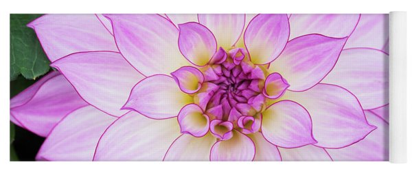 Dahlia Oriental Dream Yoga Mat