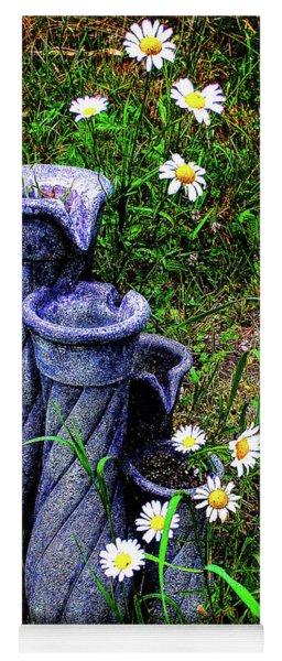 Daisy Fountain Yoga Mat