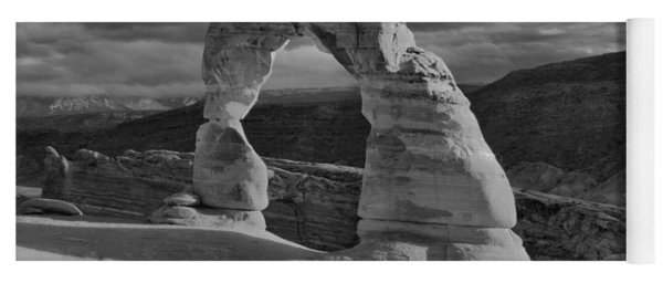 Delicate Arch Black And White Sunset Shadow Yoga Mat