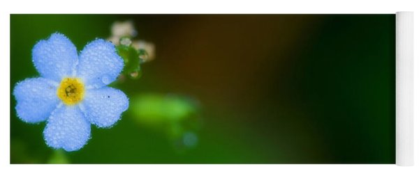 Dewy Blossom  Yoga Mat