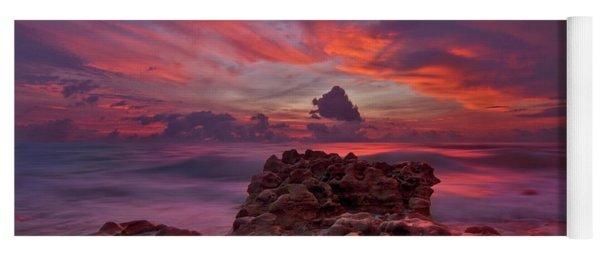 Dramatic Sunrise Over Coral Cove Beach In Jupiter Florida Yoga Mat