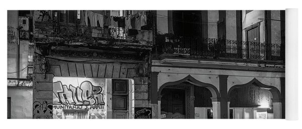 Early Morning Paseo Del Prado Havana Cuba Bw Yoga Mat