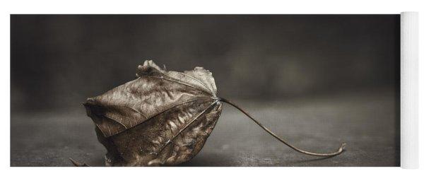 Fallen Leaf Yoga Mat