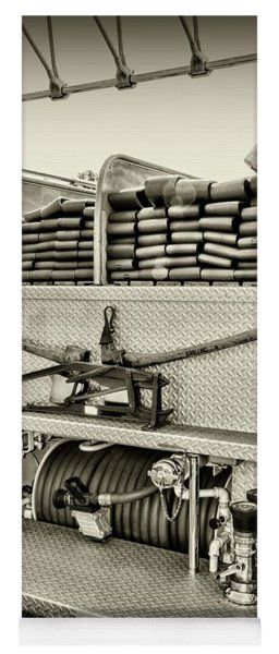 Fireman-keep Back 300 Feet Black And White Yoga Mat