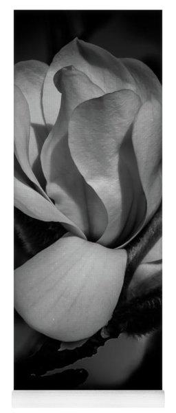 Flower Noir Yoga Mat