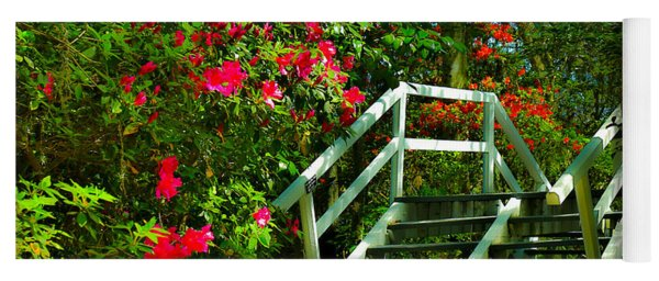 Flowers Bloom Alongside Magnolia Plantation Bridge - Charleston Sc Yoga Mat