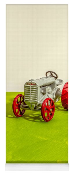Fordson Tractor Profile Yoga Mat