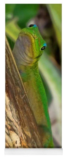 Gecko Up Close Yoga Mat