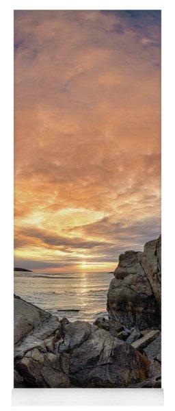 Good Harbor, Rock View Vertical Yoga Mat