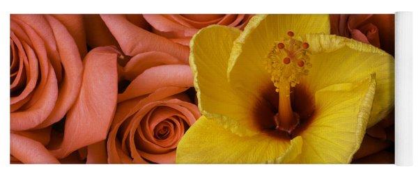 Hibiscus And Roses Yoga Mat