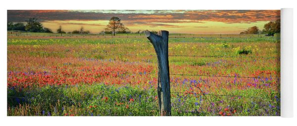 Hill Country Heaven Yoga Mat