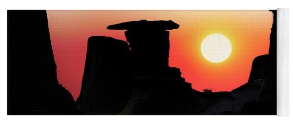 Hoodoo Sunrise Yoga Mat