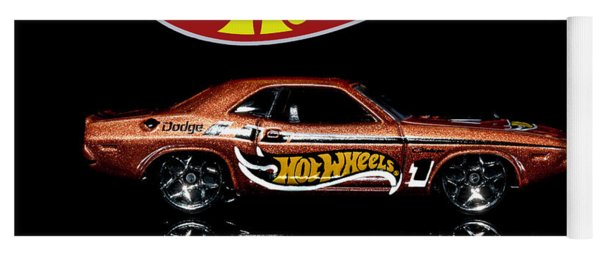 Hot Wheels '70 Dodge Challenger Yoga Mat