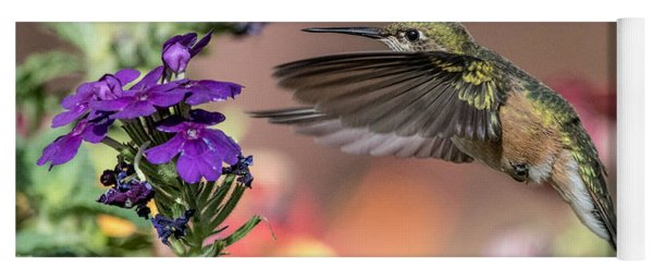 Hummingbird And Purple Flower Yoga Mat