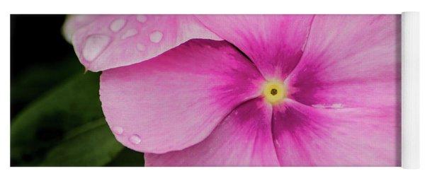 Impatien Flower Yoga Mat