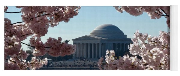 Jefferson Memorial At Cherry Blossom Time On The Tidal Basin Ds008 Yoga Mat
