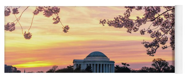 Jefferson Memorial At Sunrise With Blossoms Yoga Mat