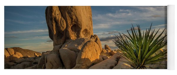 Joshua Tree Rock Formation Yoga Mat