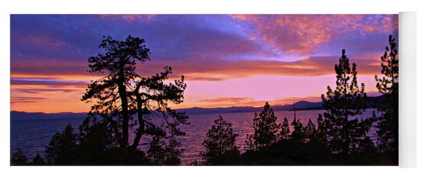 Lake Tahoe Crescendo Yoga Mat
