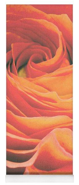 Le Petale De Rose Yoga Mat