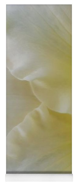 Lemon Daylily Yoga Mat