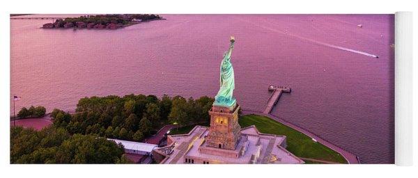 Liberty Island Twilight Yoga Mat