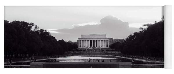 Lincoln Memorial Sunset In Black And White Yoga Mat